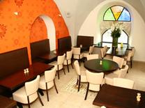 עיצוב אינטימי במסעדת אגואה