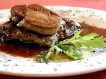 בשרים, דגים ופירות ים במסעדת הבית של דורון