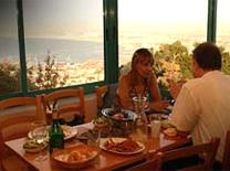 מסעדה עם נוף מהמם
