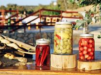 מסעדה עם תפריט המבוסס על מוצרי החווה והעמק