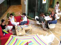 בית קפה קטן וחמוד בתל אביב
