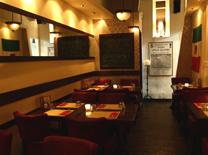 מסעדה בשדרות רוטשילד בתל אביב. פסטה מיאה