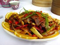 עוף, בקר או פירות ים במסעדת הים הסיני