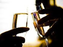 ערב טעימות שמפניה בחנות היין חינאווי ביפו