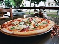 מסעדה איטלקית מנצחת. מסעדת אלורה