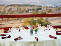 מסעדה עם נוף