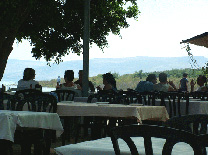 מסעדת כפר נחום: מקום לאכול בטיולי החג