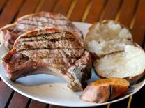 ערב משובח של בשר ובירה במסעדת אלבמה