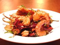 התמחות בדגים ופירות ים. מסעדת יוליה