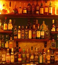 פאב אירי עם מוזיקה טובה ואלכוהול ברמה. שמרוק