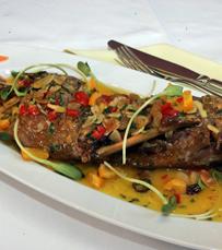השף הכי אוהב לעבוד עם דגים. מסעדת אלפינה
