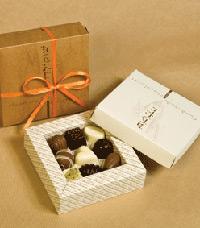 אז למה עולה שוקולד טוב כמו פנינים שאך נשלו מן הים?
