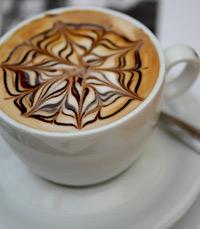כמות גדושה של אוויר ואנרגיות חיוביות בקפה שקמה