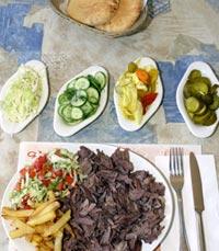 הראשונה בארץ שהגישה שווארמה עגל. מסעדת ישראל