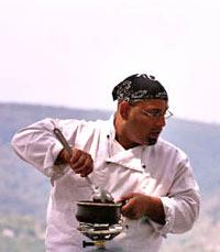 """""""סבא שלי היה הראשון שהגיש אוכל מזרחי גורמה"""""""