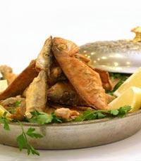 שני סוגים של סמבוסק – במילוי תרד ובמילוי זעתר