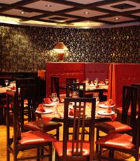 מסעדה עם ותק של 20 שנה, עם חלל מעוצב בסגנון סיני