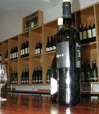 יינות אדומים מתחלקים לקטגוריות: כבדים ואלגנטיים