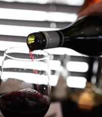"""""""ארבעה יקבי בוטיק המספקים כל אחד חווית יין מיוחדת"""""""