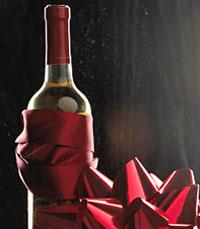 """""""במרתף היין הרומנטי, מוגשים יינות משובחים"""""""