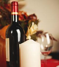 חנויות היין מציעות בנוסף גם אביזרי יין ומתנות