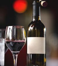 בית היין ביהוד הוא משכנו של הזמר העברי