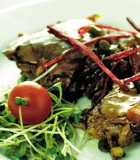 מבחר מנות בשר- סינטה בקר, זנב שור רך