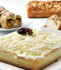 עוגת גבינה נימוחה בשילוב שזיפים