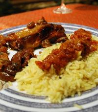 מגוון תוספות: אורז לבן/ צהוב, סלטים ועוד