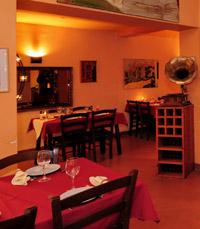 מסעדת גורמה השוכנת במדרחוב פסטורלי