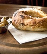 לחם מרוקאי חם, אפוי בתנור