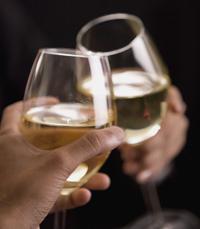 יינות רוזה מתאימים לשתייה גם כאפריטיף