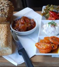 באינגאלע ארוחות בוקר ישראלית