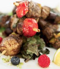 התפריט מתבסס על תבשילים מהמטבח הלבנוני