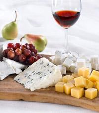 גבינות, גאז'  והרבה יין
