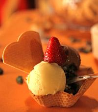 גלידות בטעמים - נוגט חלבה וקוקוס, רפאלו