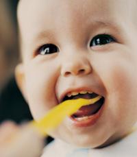 בכל מקרה לא רצוי לאכול כמויות גדולות של חטיפים וממתקים