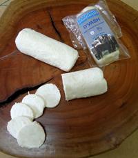 גבינת עיזים טרייה בתוספת דבש