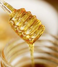 הדבש  משמש גם לצרכים רפואיים