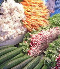 דוכן ירקות בשוק אוטיי, פריס