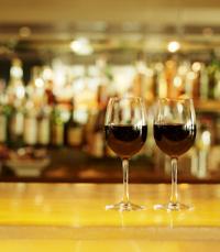 עוד קצת יין - בלגו בר כפר סבא