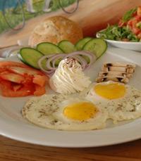 ארוחות בוקר בקאדנס בר קפה מבשרת ציון