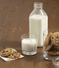מי לא אוהב חלב ועוגיות?