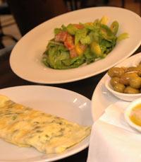 ארוחת בוקר בבית הקפה פרש ירושלים