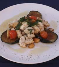דגים ופירות ים במסעדת הסוכה הלבנה תל אביב