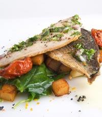 מטבח ים תיכוני במסעדת החצר ירושלים