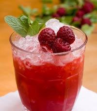 קוקטייל Wild Berry של סושיאל קלאב