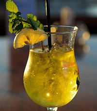ברולו - שילוב של בר יין ומסעדה