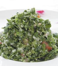 תנורין - תפריט לבנוני המתאפיין בסלטי ירק