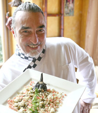 שף שאול בן אדרת למסעדת קימל
